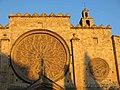 252 Monestir de Sant Cugat del Vallès, façana oest, rosasses.JPG