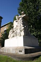 monumento a Felice Cavallotti