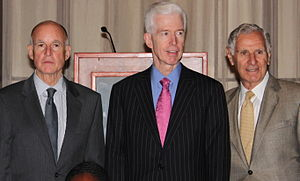 George Deukmejian - Jerry Brown (left), Gray Davis (center) and George Deukmejian (right) on September 2, 2010
