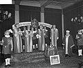 4 nieuwe ridders in Oud Wassenaar, Bestanddeelnr 903-8426.jpg