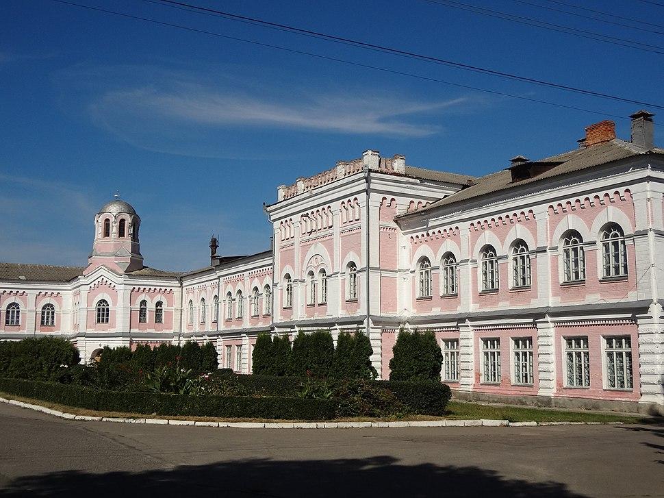 5. Головний корпус УНУС (мур.), вулиця Інститутська, 4 (Умань)