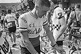 51ste Tour de France 1964 Na de finish in Lisieux, Bestanddeelnr 916-5816.jpg