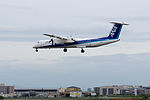 ANA Wings, DHC-8-400, JA842A (18478773278).jpg