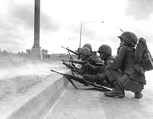 Weapons of the Vietnam War - Vietnamese Rangers with M16 rifles in Saigon during the Tết Offensive