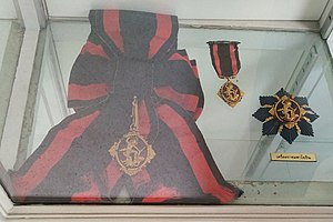 A set of 1st class of the Order of Rama - Senangapati (2).jpg