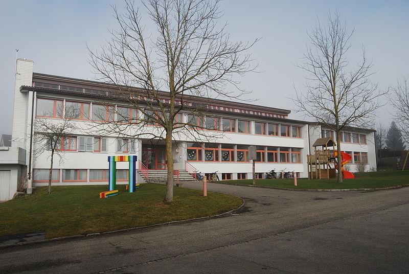 File:Aedermannsdorf lernejo 051.JPG