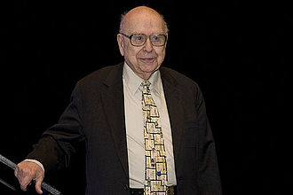 Alfred Bader - Alfred R. Bader, recipient of the Pittcon Heritage Award, 2009