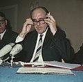 Andreas Papandreon (Griekenland) houdt persconferentie in Poort van Cleve , Amst, Bestanddeelnr 254-8050.jpg
