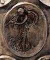 Anfora di baratti, argento, 390 circa, medaglioni, 43 menade con doppio flauto.JPG