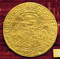 Anonimo tedesco, med. di carlo V con stemma di hildesheim, 1528, oro.JPG