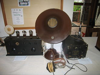 Birth of public radio broadcasting - Early military receiver