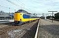 Apeldoorn NS ICMm 4079-4071 naar Den Haag (10400046444).jpg