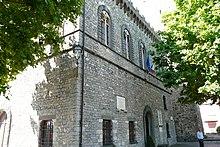 Il castello degli Obertenghi, oggi sede del municipio.