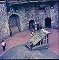 Arundel Castle - panoramio - Filippo Piazza.jpg