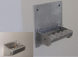 Ashtray - Wallmounted ashtray