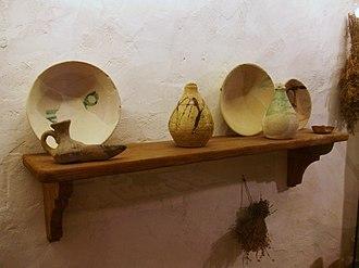 Shelf (storage) - A simple wooden wall shelf