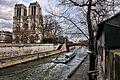 Au quai de Notre Dame (3390355101).jpg