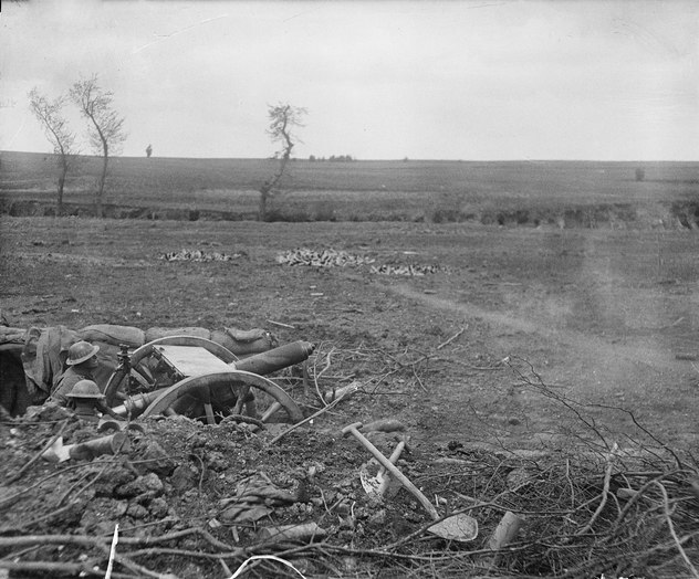 Australian18pdrFiringBullecourtMay1917.jpeg