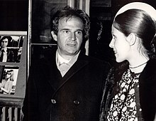 04bd6e3fee2c Truffaut and Claude Jade at the première of Love on the Run in Luxembourg,  April 1979