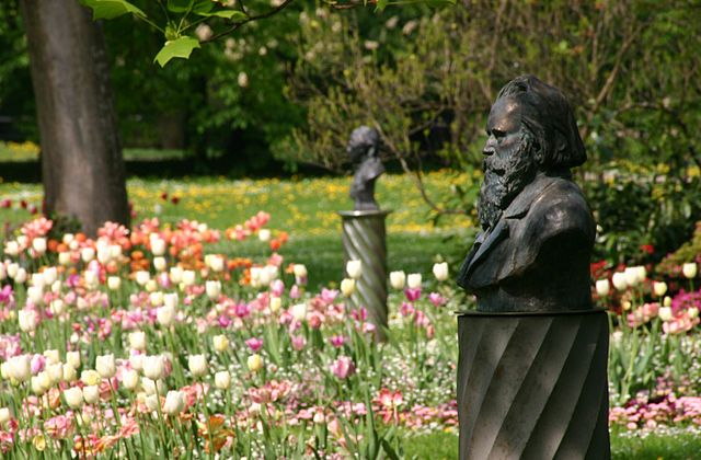 Busts of Brahms and Clara Schumann in Baden-Baden