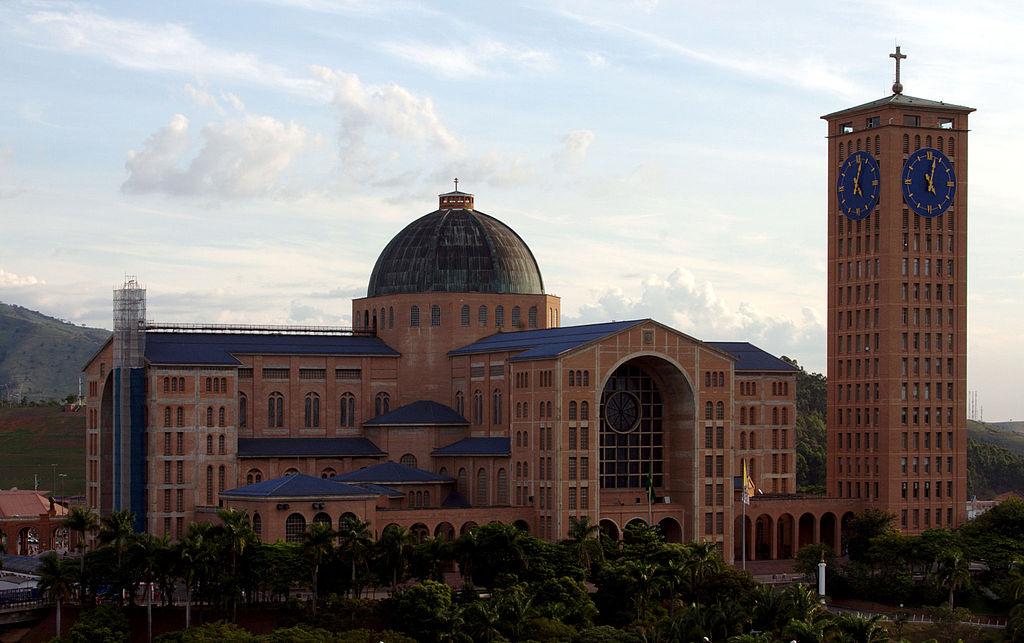 Basilica of Aparecida - Aparecida 2014 (4).jpg