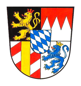 Veldenz - Bavarian coat of arms from 1835 with the Lion of Veldenz. It also depicts: the Palatine Lion, the Franconian Rake and the Margraviate of Burgau as well as the Bavarian lozenges in the inescutcheon. These arms held their place until the end of the monarchy.