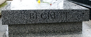 1989 in poetry - Tombstone of Samuel Beckett