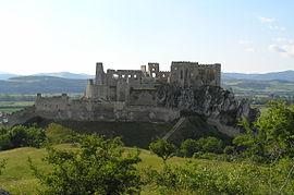 Beckovsky hrad ruiny.JPG