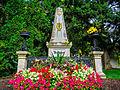 Beethovens Grab, Zentralfriedhof Wien (15165428517).jpg