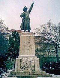 Bem szobra Budapesten a róla elnevezett téren