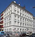 Berlin, Kreuzberg, Legiendamm 42, Mietshaus.jpg