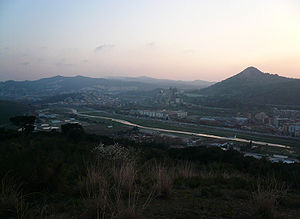 Montcada i Reixac - Image: Besòs i turó de Montcada