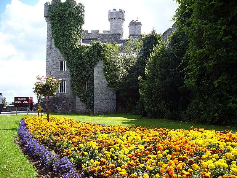 File:Bodelwyddan castle - panoramio - Tanya Dedyukhina (1).jpg