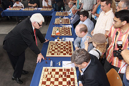 Spassky in France in 2009 Boris Spasski 2.jpg