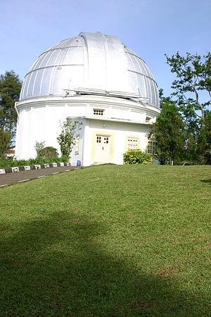 Bosscha Observatory - Image: Bosscha 2003