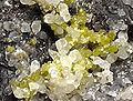 Bromargyrite-Smithsonite-118159.jpg