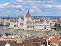 Budapest, Parlamentsgebäude von SW 2014-08.jpg