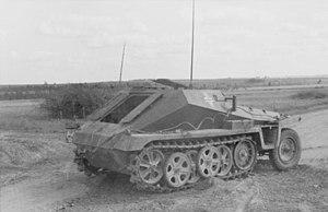 Sd.Kfz. 252 - Image: Bundesarchiv Bild 101I 154 1968 16, Russland, Schützenpanzer im Gelände