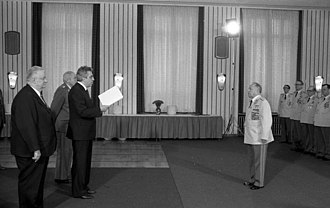 Egon Krenz - Egon Krenz (left) officially congratulating Erich Mielke on behalf of the government on the occasion of the 35th anniversary of the Stasi in 1985