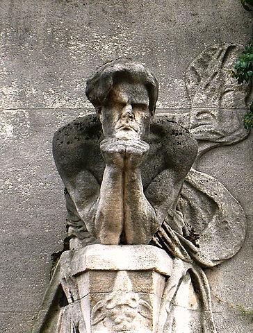 Кенотаф Бодлера на кладбище Монпарнас