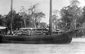 Tongkang - Old picture of a moored tongkang