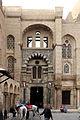 Cairo, madrasa del sultano qalaun, 07 portale.JPG