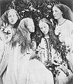 Cameron, Julia Margaret - »Garten junger Mädchenblüten« (Zeno Fotografie).jpg