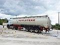 Camion citerne pulvé à Vuylsteke-02.jpg