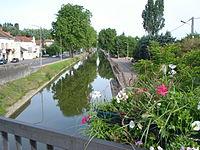 Canal du centre à Paray-le-Monial.JPG