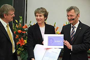 Lemelson–MIT Prize - Carolyn Bertozzi, receiving the Emanuel Merck Lectureship in 2011