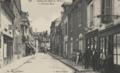 Cartes postales de la collection des Archives départementales (FRAD041 6 FI) - 6 Fi 242-4 La grande rue.png