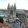 Cathédrale Notre-Dame de Tournai vu du beffroi.jpg