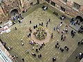 Central Courtyard of Linlithgow Palace - geograph.org.uk - 1151859.jpg