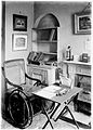 Chair and table where E.M. Holmes worked Wellcome M0001857.jpg